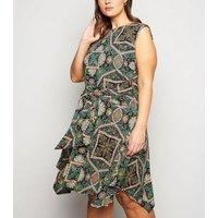 Apricot-Curves-Green-Geometric-Print-Hanky-Hem-Dress-New-Look