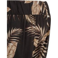 Maternity Black Tropical Print Shorts New Look