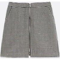 Petite Black Dogtooth Zip Front Mini Skirt New Look