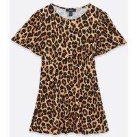 Maternity Brown Leopard Print Top New Look