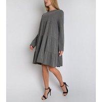 Gini London Light Grey Tiered Long Sleeve Smock Dress New Look