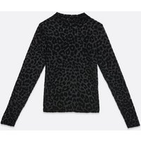 Petite Black Velvet Leopard Long Sleeve Top New Look