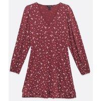 Burgundy Ditsy Floral Long Sleeve Tea Dress New Look