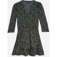 AX-Paris-Black-Ditsy-Floral-Tiered-Mini-Dress-New-Look