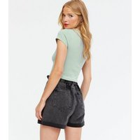 Light Green Cropped Slim Fit T-Shirt New Look