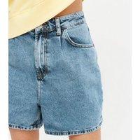 Petite Blue Light Wash Mom Shorts New Look