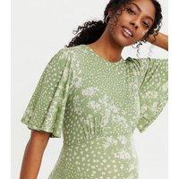Maternity Light Green Floral Flutter Sleeve Midi Dress New Look