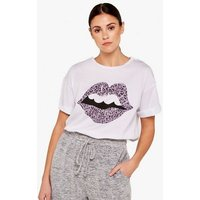 Apricot Off White Leopard Print Lips T-Shirt New Look
