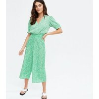 Green Ditsy Floral Wide Leg Crop Trousers New Look