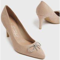 Wide Fit Cream Diamanté Bow Stiletto Court Shoes New Look