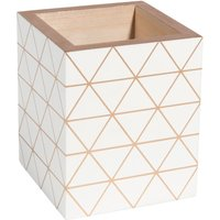 white pencil pot with triangle motifs