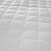 Country Club Luxury Quilted Mattress Protector - King