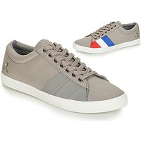 Le Coq Sportif  FLAG  men's Shoes (Trainers) in Grey