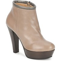 Keyt    POULOI  women s Low Boots in Beige