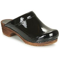 Sanita  CLASSIC PATENT  women s Clogs  Shoes  in Black