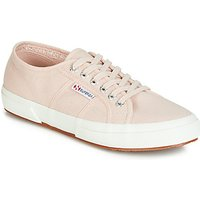Superga  2750 COTU CLASSIC  women's Shoes (Trainers) in Pink
