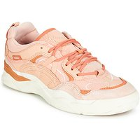 Vans  VARIX WC  women's Shoes (Trainers) in Pink