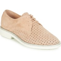 André  CIRCEE  women's Casual Shoes in Beige