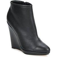 Bourne  FONATOL  women's Low Boots in Black