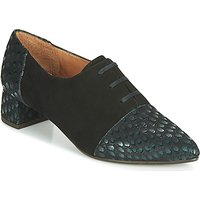 Chie Mihara  ROLY  womens Casual Shoes in Black