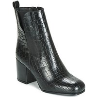 Ravel  WELLSFORD  women's Low Ankle Boots in Black