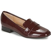 André  LYS  women's Loafers / Casual Shoes in Red