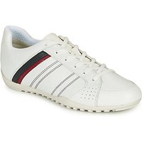 Geox  U WELLS  men's Shoes (Trainers) in White