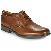 Clarks  BECKEN LACE  men's Casual Shoes in Brown