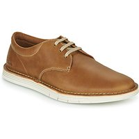 Clarks  FORGE VIBE  men's Casual Shoes in Brown