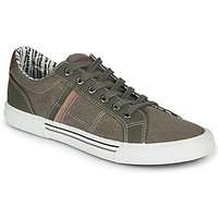 André  SUNWAKE  men's Shoes (Trainers) in Green