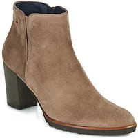 Dorking  THAIS  women's Low Ankle Boots in Beige