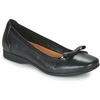 Clarks  UN DARCEY BOW  women's Court Shoes in Black