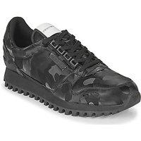 Emporio Armani  AUTRIA  men's Shoes (Trainers) in Black