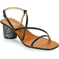 Vanessa Wu  SD2226NR  women's Sandals in Black