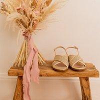 Céleste  ORANGER  women's Sandals in Gold