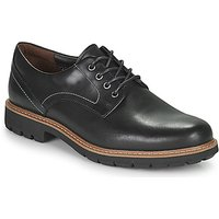 Clarks  Batcombe Hall  men's Casual Shoes in Black