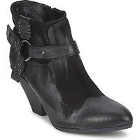 Strategia  SANGLA  women's Low Boots in Black
