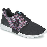 Le Coq Sportif  DYNACOMF GEO JACQUARD  men's Shoes (Trainers) in Black