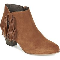 Betty London  FIANIDE  women's Low Ankle Boots in Brown