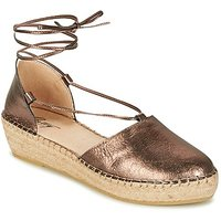 Betty London  GIORDA  women's Sandals in Gold