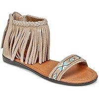 Minnetonka  MOROCCO  women's Sandals in Brown