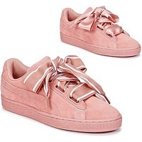Puma  Basket Heart Satin  women's Shoes (Trainers) in Pink