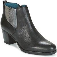 Karston  GADJO  women's Low Ankle Boots in Black
