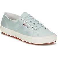 Superga  2750 SATIN W  women's Shoes (Trainers) in Blue