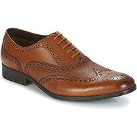 Clarks  GILMORE LIMIT  men's Smart / Formal Shoes in Brown