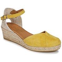 Betty London  INONO  women's Sandals in Yellow