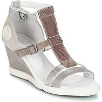 Pataugas  WAMI-F2B  women's Sandals in Grey