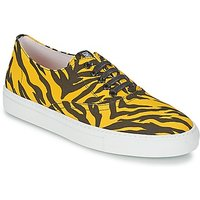 Moschino-Cheap--CHIC-LIBORIA-womens-Shoes-Trainers-in-Yellow