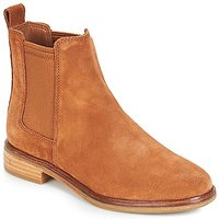 Clarks Clarkdale Mid Boots In Brown