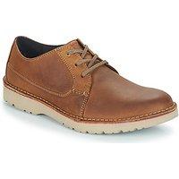 Clarks  VARGO PLAIN  men's Casual Shoes in Brown